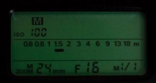 Nikon SB 24 Aufsteckblitz Display Anzeige
