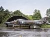 F-4F Phantom II vom Jagdgeschwader 71 Richthofen mit Retrolackierung vor Shelter - Spotterday 2013