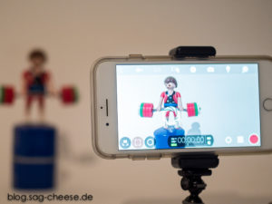 iPhone 7 Plus filmt Playmobil Mann mit Filmic Pro App